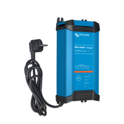 Victron Energy Blue Smart IP22 Charger 12/20 (3)