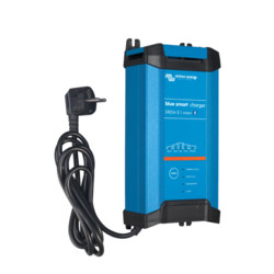 Victron Energy Blue Smart IP22 Charger 24/16 (3)